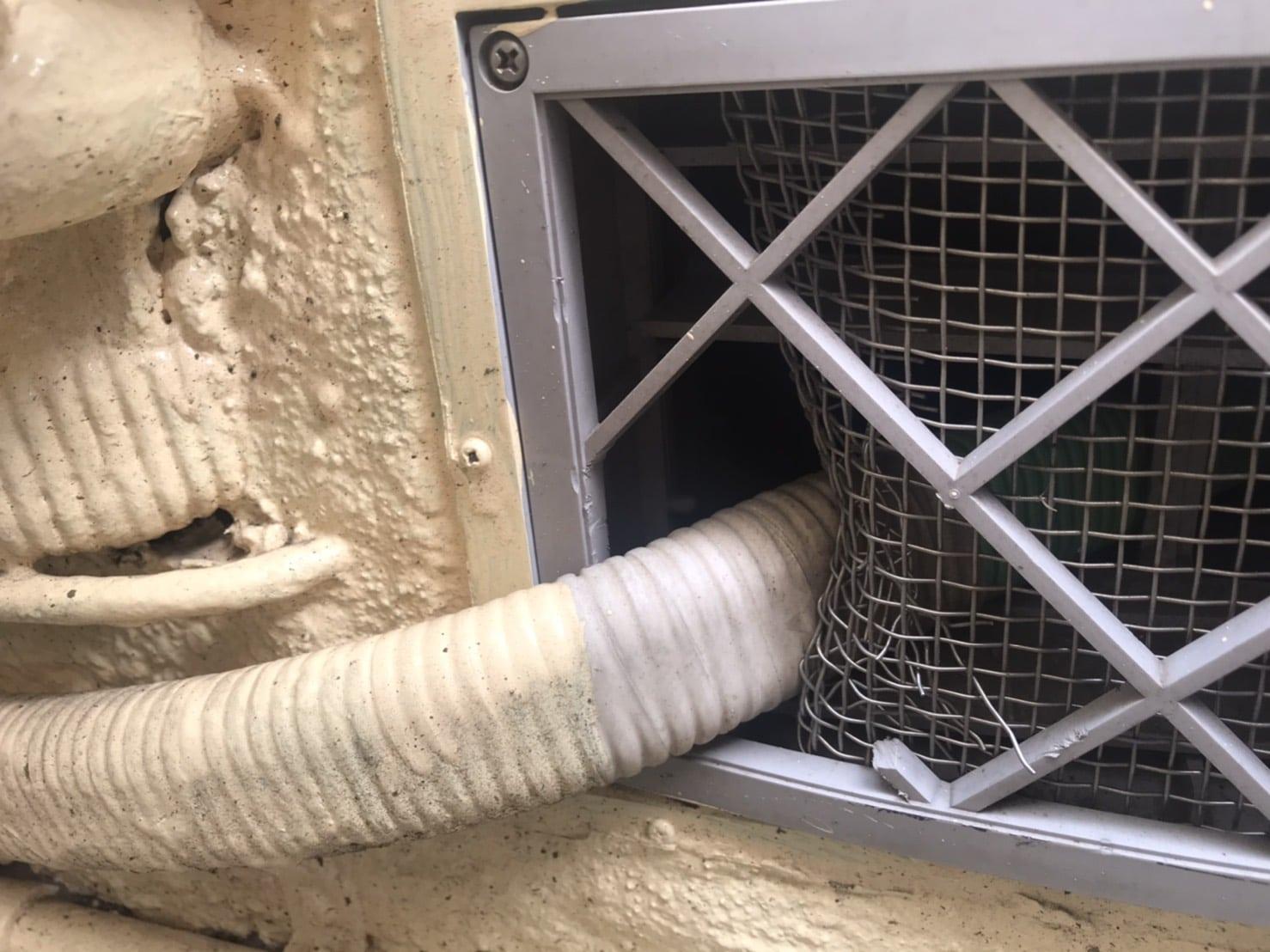 エアコン侵入口